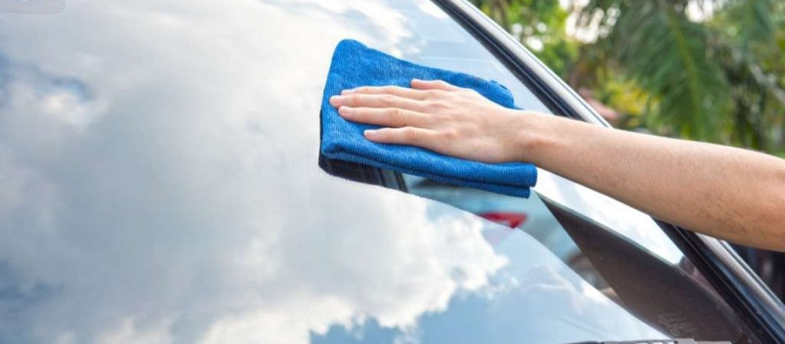 How to Remove Water Spot from Car Glass